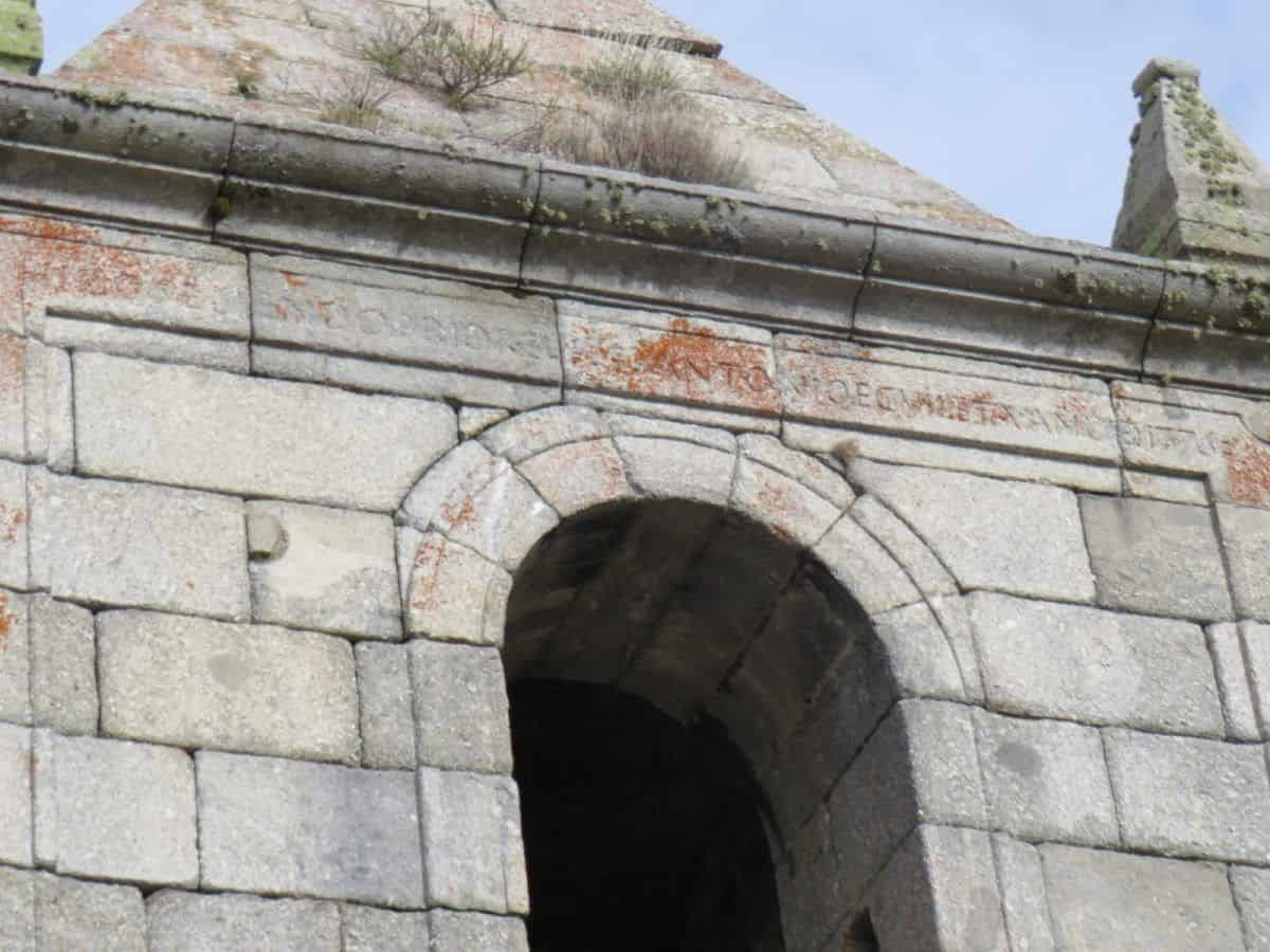 detalle torre monasterio