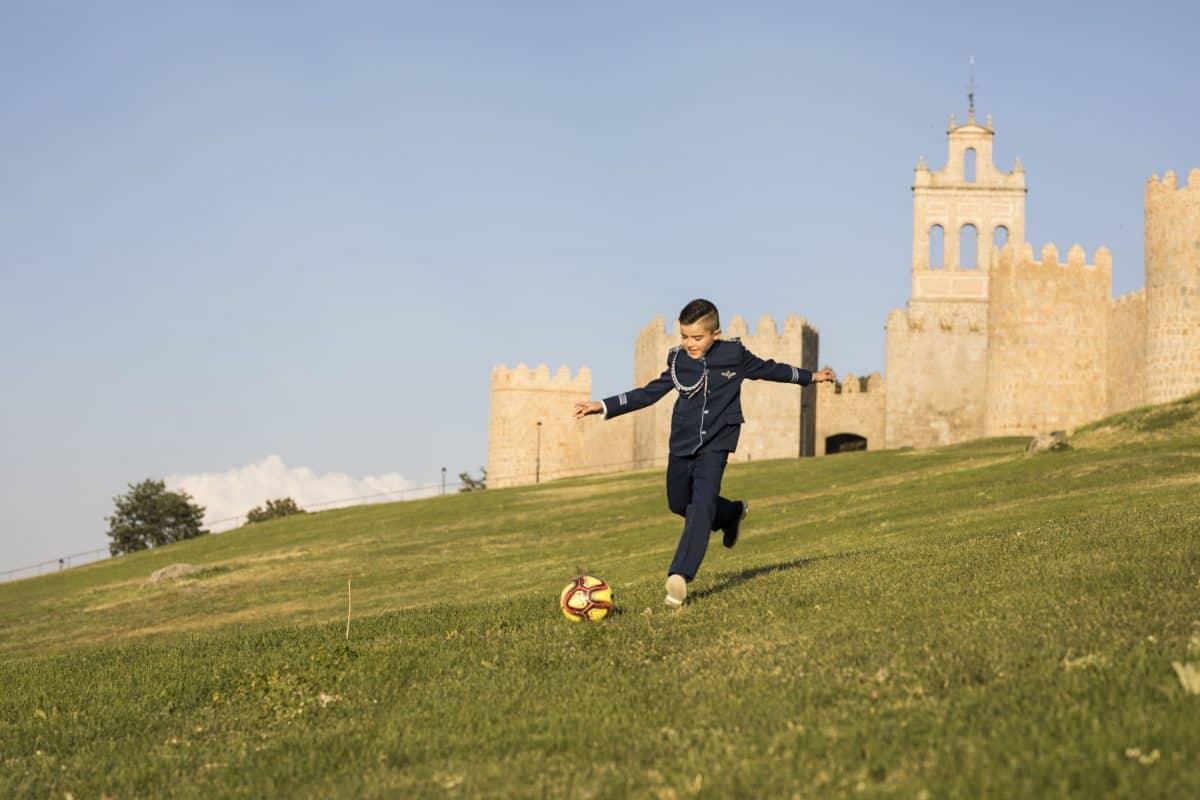 fotografía muralla fútbol